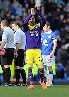 Pictured: Jonathan de Guzman thanks away supporters. Sunday 16 February 2014<br />