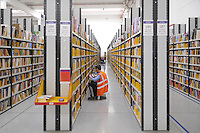 . Centro di distribuzione Amazon a Castelsangiovanni (Piacenza)....- Amazon distribution center in Castelsangiovanni (Piacenza)