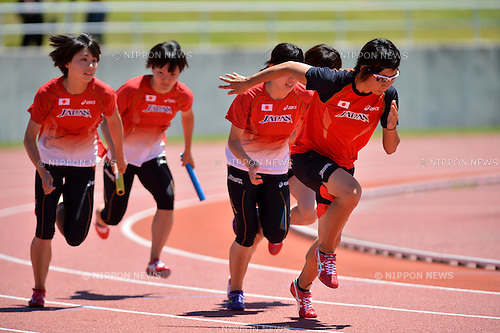 (L to R) Kana Ichikawa (JPN), Anna Doi (JPN), Yumeka Sano (JPN), Momoko Takahashi (JPN), .JULY 17, 2012 - Athletics : Japan National Athletics Team Men's and Women's during short distance and hurdle member training before London Olympic Games 2012 at Fujihokuroku Park Athletics Stadium, Yamanashi, Japan. (Photo by Jun Tsukida/AFLO SPORT) [0003] .