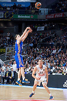 Real Madrid's Jaycee Carroll and Khimki Moscow's Petteri Koponen during Euroleague match at Barclaycard Center in Madrid. April 07, 2016. (ALTERPHOTOS/Borja B.Hojas) /NortePhoto
