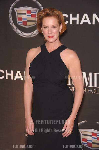 Actress ELIZABETH PERKINS at the 13th Annual Premiere Magazine Women in Hollywood gala at the Beverly Hills Hotel..September 20, 2006  Los Angeles, CA.© 2006 Paul Smith / Featureflash