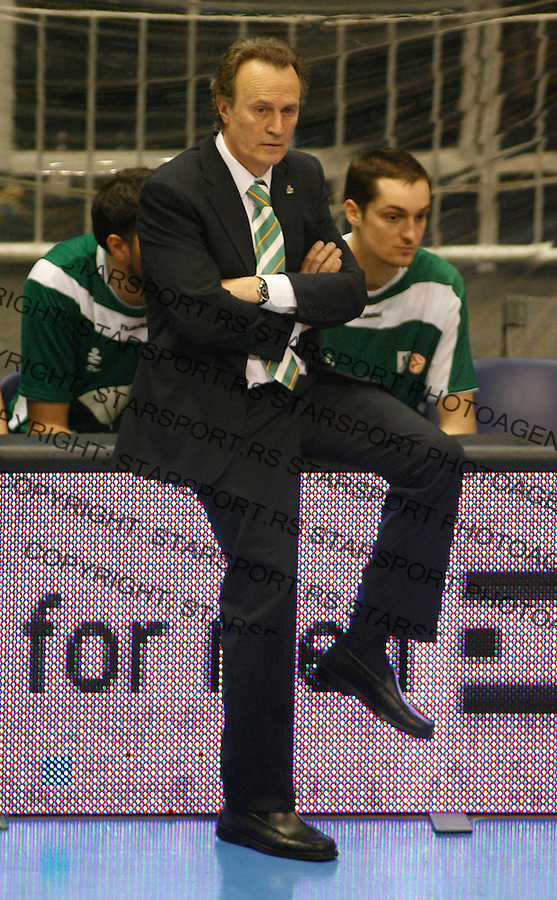 Kosarka, Euroleague, season 2008/09.Partizan Vs. Unicaja Malaga (Spain).Garcia Reneses Aito.Beograd, 11.02.2009..Photo: © Srdjan Stevanovic/Starsportphoto.com