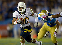 Isi Sofele of California runs the ball during the game against UCLA at Rose Bowl in Pasadena, California on October 29th, 2011.  UCLA defeated California, 31-14.