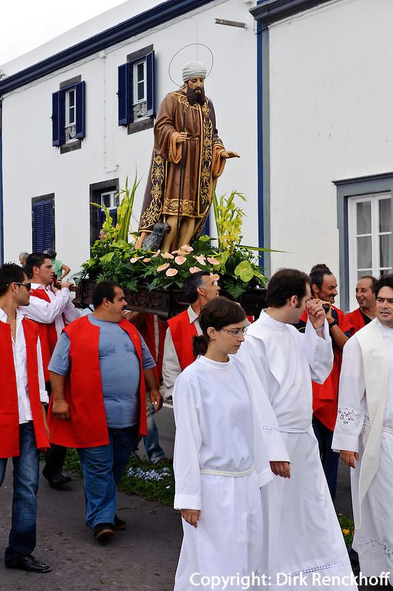 Prozession in Agua d'Alto (heiliger Rochus)  auf der Insel Sao Miguel, Azoren, Portugal