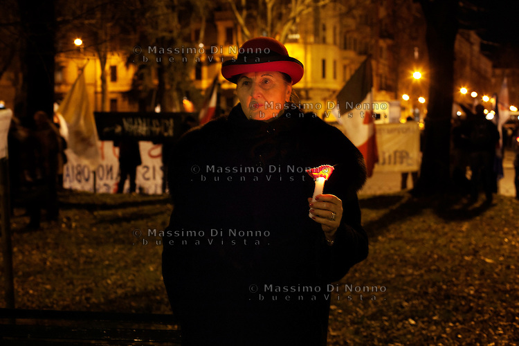 """Milano: messa """"riparatoria"""" celebrata in piazza Libia. La protesta dei cattolici contro il teatro «blasfemo» di Romeo Castellucci."""