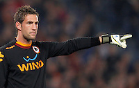Calcio, Serie A: Roma vs Lazio. Roma, Stadio Olimpico, 8 aprile 2013..AS Roma goalkeeper Maarten Stekelenburg, of the Netherlands, gestures during the Italian serie A football match between A.S. Roma  and Lazio at Rome's Olympic stadium, 8 april 2013..UPDATE IMAGES PRESS/Riccardo De Luca
