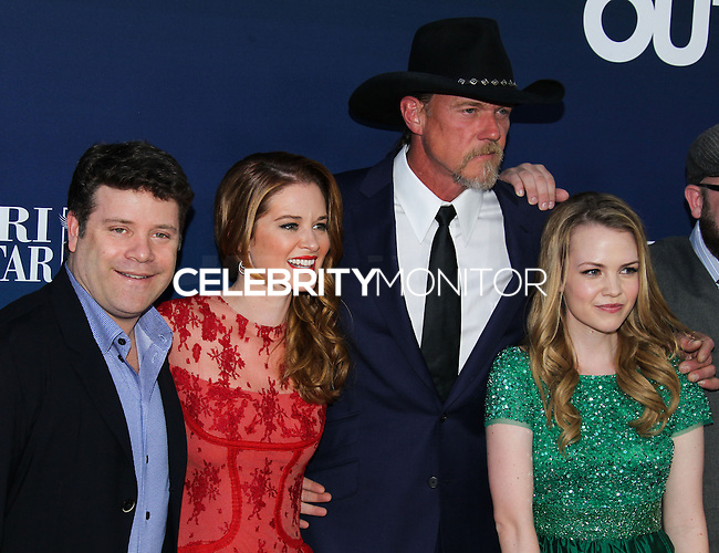 "HOLLYWOOD, LOS ANGELES, CA, USA - APRIL 29: Sean Astin, Sarah Drew, Trace Adkins, Abbie Cobb at the Los Angeles Premiere Of TriStar Pictures' ""Mom's Night Out"" held at the TCL Chinese Theatre IMAX on April 29, 2014 in Hollywood, Los Angeles, California, United States. (Photo by Xavier Collin/Celebrity Monitor)"