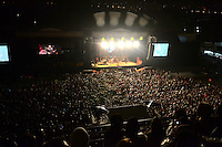 SAO PAULO, SP, 16.08.2014 - FESTIVAL NOVA BRASIL FM. Apesar da chuva e do frio o publico compareceu em bom numero ao 5º Festival da Nova Brasil FM no Anhembi zona norte neste sabado 16. (Foto: Bruno Ulivieri - Brazil Photo Press).
