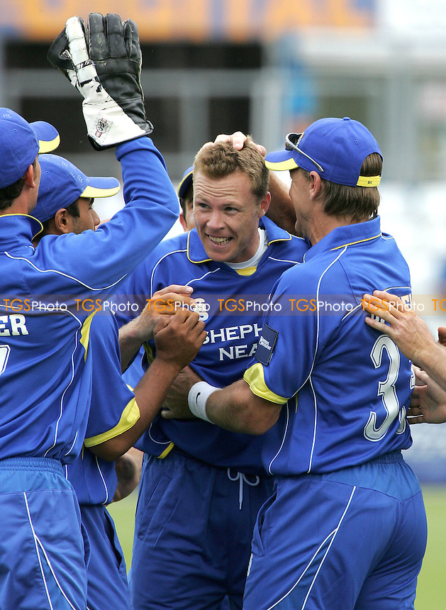 Martin Saggers of Essex is congratulated on a wicket - Essex Eagles vs Somerset Sabres - Friends Provident Trophy at Ford County Ground, Chelmsford - 13/06/07 - MANDATORY CREDIT: Gavin Ellis/TGSPHOTO - SELF-BILLING APPLIES WHERE APPROPRIATE. NO UNPAID USE -  Tel: 0845 0946026