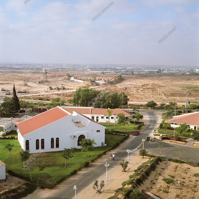 Morag settlement with in the Gush Katif block of settlements, Gaza, July 2005.