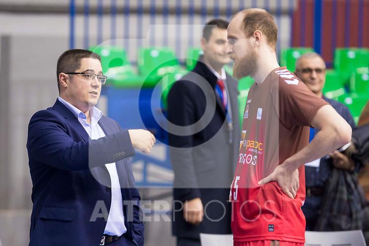 San Pablo Burgos coach Diego Epifanio and Thomas Schreiner during Liga Endesa match between San Pablo Burgos and Gipuzkoa Basket at Coliseum Burgos in Burgos, Spain. December 30, 2017. (ALTERPHOTOS/Borja B.Hojas)