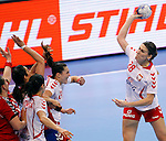 SERBIA, Belgrade: Poland's Alina Wojtas during handball Women's World Championship semi-final match between Poland and Serbia in Belgrade, Serbia on Friday, December 20, 2013. (credit image & photo: Pedja Milosavljevic / STARSPORT / +318 64 1260 959 / thepedja@gmail.com)
