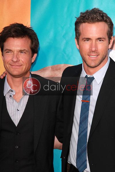 Jason Bateman, Ryan Reynolds<br /> at &quot;The Change-Up&quot; World Premiere, Village Theater, Westwood, CA. 08-01-11<br /> David Edwards/DailyCeleb.com 818-249-4998