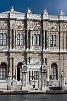 Europe/Turquie/Istanbul : Palais de Dolmabaçe sur les bors du Bosphore
