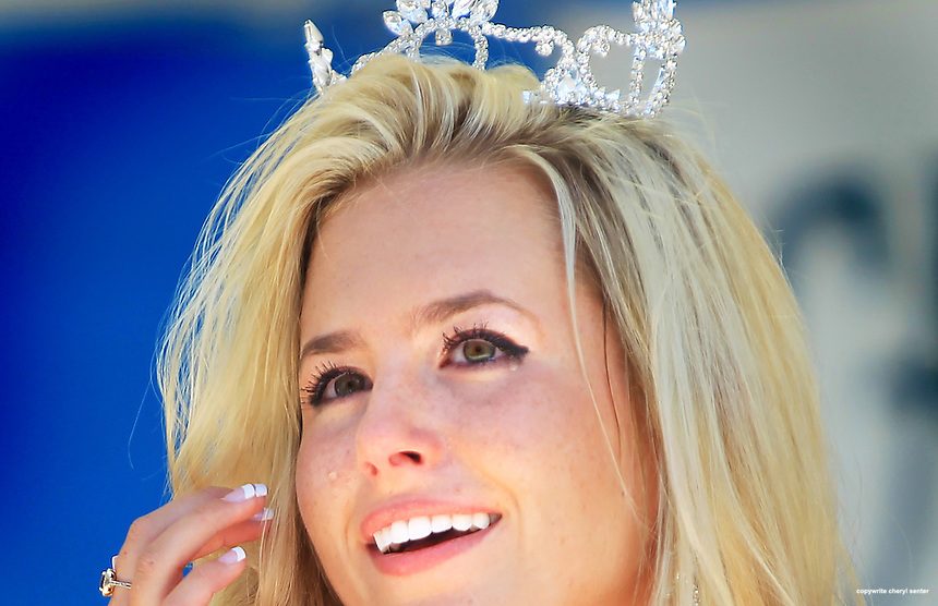 Kayla Layton, 17, of Bedford, N.H., cries after being crowned at the 65th Miss Hampton Beach pageant in Hampton, N.H.,  Sunday, July 31, 2011.  (Photo Cheryl Senter)