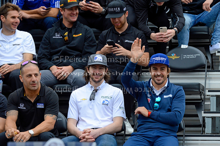 Verizon IndyCar Series<br /> Indianapolis 500 Drivers Meeting<br /> Indianapolis Motor Speedway, Indianapolis, IN USA<br /> Saturday 27 May 2017<br /> Fernando Alonso, McLaren-Honda-Andretti Honda waves to the crowd.<br /> World Copyright: F. Peirce Williams