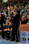 09.11.2019, Hansehalle Luebeck, GER,  2.Bundesliga Handball VfL Luebeck-Schwartau - TV Emsdetten<br /> <br /> im Bild / picture shows<br /> Einzelaktion/Aktion. Ganze Figur. Einzeln. Freisteller. Trainer Daniel Kubes (TV Emsdetten)<br /> <br /> Foto © nordphoto / Tauchnitz