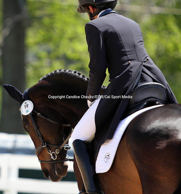 April 23, 2015:  #30 Eveready and Barbara Crabo warm up before competing on the first day of Dressage at the Rolex Three Day Event at the Kentucky Horse Park in Lexington, KY.  Candice Chavez/ESW/CSM