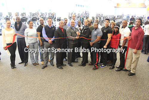 LA Fitness celebrated its grand opening Saturday with at Ribbon Cutting Ceremony.<br />