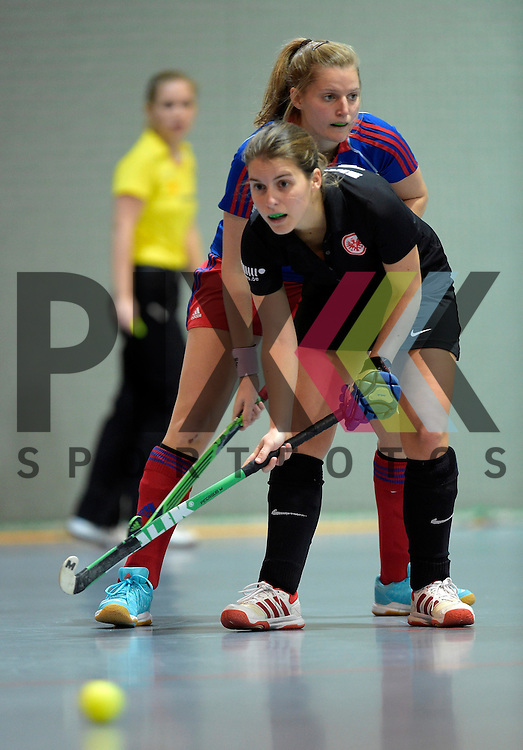 GER - Mannheim, Germany, November 28: During the 1. Bundesliga Sued Damen indoor hockey match between Mannheimer HC (blue) and Eintracht Frankfurt (black) on November 28, 2015 at Irma-Roechling-Halle in Mannheim, Germany. Final score 4-3 (HT 2-1).  Antonia Morherr #16 of Eintracht Frankfurt<br /> <br /> Foto &copy; PIX-Sportfotos *** Foto ist honorarpflichtig! *** Auf Anfrage in hoeherer Qualitaet/Aufloesung. Belegexemplar erbeten. Veroeffentlichung ausschliesslich fuer journalistisch-publizistische Zwecke. For editorial use only.