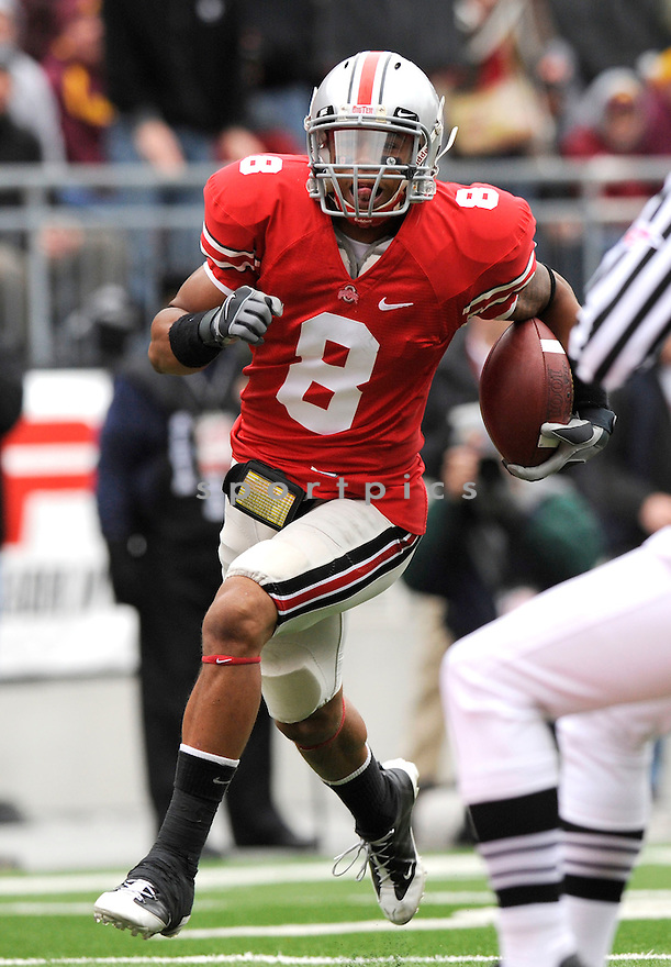DEVIER POSEY, of the Ohio State Buckeyes in action during the Buckeyes  game against the Minnesota Golden Gophers on October 24, 2009 in Columbus, OH. Ohio State won 38-7..