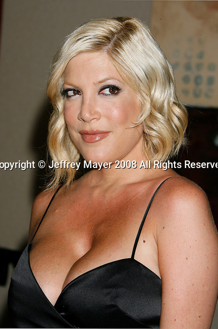 Actress Tori Spelling arrives at the NBC Universal 2008 Press Tour All-Star Party at The Beverly Hilton Hotel on July 20, 2008 in Beverly Hills, California.