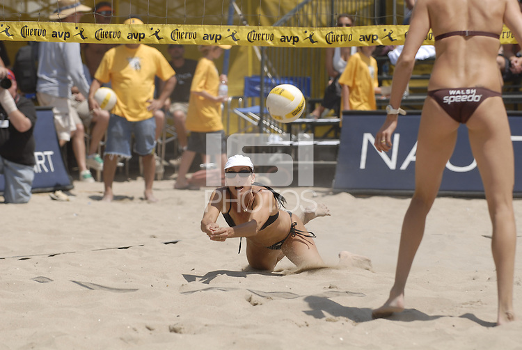 Huntington Beach, CA - 5/5/07:   Barbra Fontana dives for the ball during May-Treanor / Walsh's 21-13, 21-19 victory over DeNecochea / Fontana Saturday during the 2007 AVP CROCS Tour in Huntington Beach..Photo by Carlos Delgado