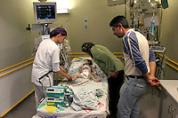 Amal Safaty and her husband Yazid  visit their daughter Asma at the  intensive care unit of Hadassah Hospital after a heart surgery. Asma suffers from Tetralogy of Falot and needs immediate surgery. Photo by Quique Kierszenbaum..