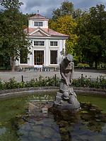 Musikpavillon im Hofgarten, Innsbruck, Tirol, &Ouml;sterreich, Europa<br /> music pavilion, Hofgarten, Innsbruck, Tyrol, Austria, Europe
