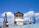 Europa, DEU, Deutschland, Nordrhein Westfalen, NRW, Niederrhein, Rheinland, Duesseldorf, Altstadt, Rheinufer, Promenade, Schlossturm, Lambertuskirche, Historische Pegeluhr, Kategorien und Themen, Architektur, Architektonisch, Architekturstil, Bauwerk, Gebaeude, Historisch, Architekturfoto, Architekturphoto, Architekturfotografie, Architekturphotographie, Stadt, Staedte, City, Citys, Staedtebau......[Fuer die Nutzung gelten die jeweils gueltigen Allgemeinen Liefer-und Geschaeftsbedingungen. Nutzung nur gegen Verwendungsmeldung und Nachweis. Download der AGB unter http://www.image-box.com oder werden auf Anfrage zugesendet. Freigabe ist vorher erforderlich. Jede Nutzung des Fotos ist honorarpflichtig gemaess derzeit gueltiger MFM Liste - Kontakt, Uwe Schmid-Fotografie, Duisburg, Tel. (+49).2065.677997, schmid.uwe@onlinehome.de, www.image-box.com]