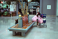St. Louis: Union Station, Furniture. H-O-K. Photo '88.