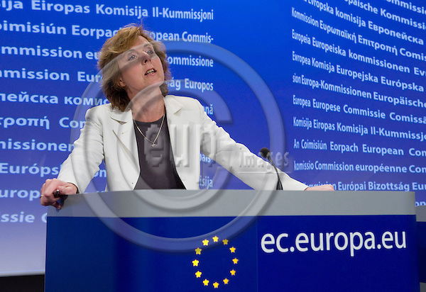 Brussels-Belgium - May 26, 2010 -- Connie HEDEGAARD, European Commissioner from Denmark and in charge of Climate Action, during a press conference in the HQ of the EC -- Photo: Horst Wagner / eup-images