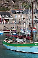 France, Côtes d'Armor (22),Côte d'Emeraude, Erquy, vieux gréement Sainte-Jeanne   sur le port // France, Cotes d'Armor,  Emeraude coast , Erquy,  old rigging