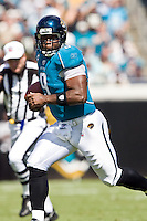 October 18, 2009:   Jacksonville Jaguars quarterback David Garrard (9) scrambles for yardage  during first half action between the NFC West St. Louis Rams and AFC South Jacksonville Jaguars at Jacksonville Municipal Stadium in Jacksonville, Florida............