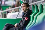 02.11.2019, wohninvest WESERSTADION, Bremen, GER, 1.FBL, Werder Bremen vs SC Freiburg<br /> <br /> DFL REGULATIONS PROHIBIT ANY USE OF PHOTOGRAPHS AS IMAGE SEQUENCES AND/OR QUASI-VIDEO.<br /> <br /> im Bild / picture shows<br /> Florian Kohfeldt (Trainer SV Werder Bremen) vor Spielbeginn, <br /> <br /> Foto © nordphoto / Ewert