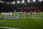 08.11.2018, BayArena, Leverkusen, Europaleque, Vorrunde, GER, UEFA EL, Bayer 04 Leverkusen (GER) vs. FC Zuerich (SUI),<br />  <br /> DFL regulations prohibit any use of photographs as image sequences and/or quasi-video<br /> <br /> im Bild / picture shows: <br /> beide Mannschaften kit einlaufkindern<br /> <br /> Foto &copy; nordphoto / Meuter<br /> <br /> <br /> <br /> Foto &copy; nordphoto / Meuter