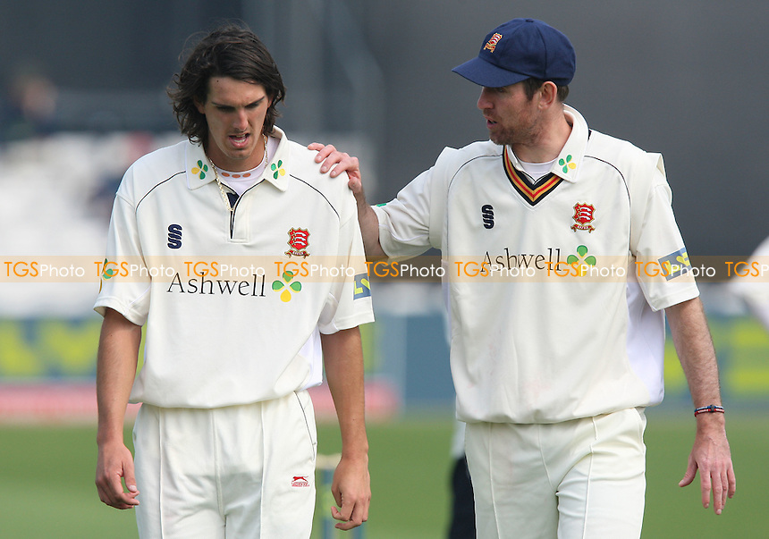 David Masters offers some advice to fellow Essex bowler Chris Wright (L) - Essex CCC vs Derbyshire CCC - LV County Championship Cricket at Ford County Ground, Chelmsford, Essex -  15/04/09 - MANDATORY CREDIT: Gavin Ellis/TGSPHOTO - Self billing applies where appropriate - Tel: 0845 094 6026