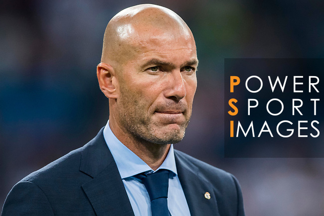 Manager Zinedine Zidane of Real Madrid reacts after the Santiago Bernabeu Trophy 2017 match between Real Madrid and ACF Fiorentina at the Santiago Bernabeu Stadium on 23 August 2017 in Madrid, Spain. Photo by Diego Gonzalez / Power Sport Images
