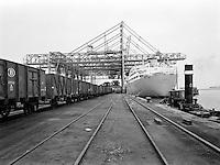 Haven van Antwerpen in 1966.