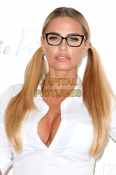 LONDON, ENGLAND - Katie Price at a photocall to launch her new Mobile App at the West Central Studio, Holborn, on December 2nd 2015 in London, England<br /> CAP/ROS<br /> &copy;Steve Ross/Capital Pictures