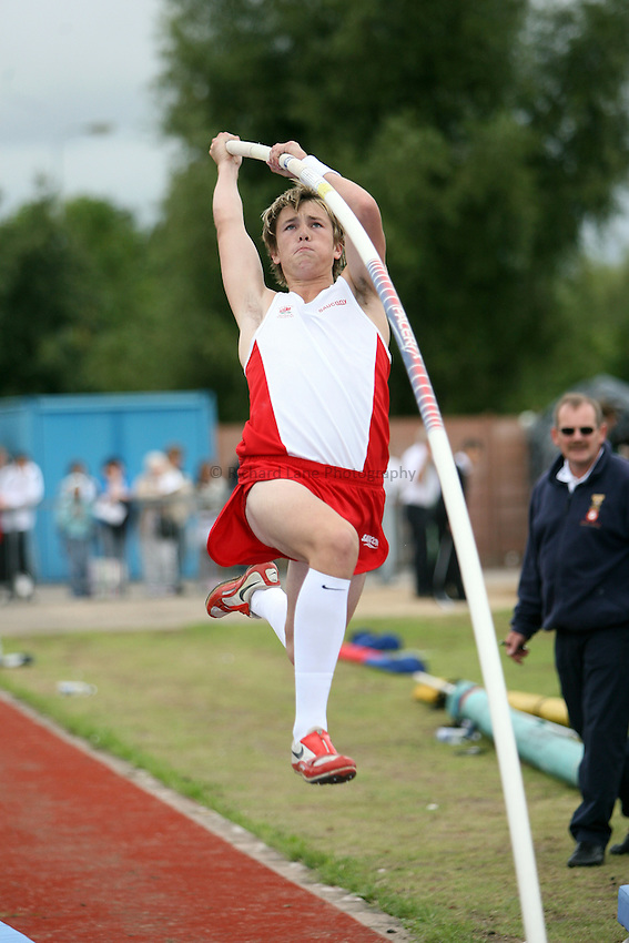 Photo: Rich Eaton...Schools International Athletic Board, Track & Field International Match, Newport. 21/07/2007. Ben Gregory of England wins gold in the boys pole vault.