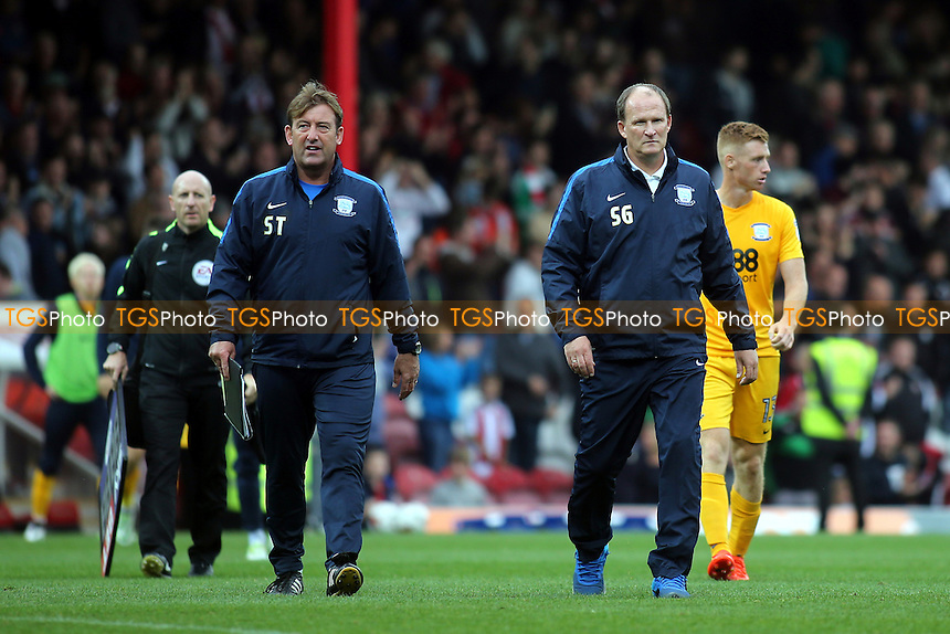Preston Manager, Simon Grayson walks off at the final whistle after seeing his team lose 5-0 at Brentford during Brentford vs Preston North End, Sky Bet EFL Championship Football at Griffin Park on 17th September 2016
