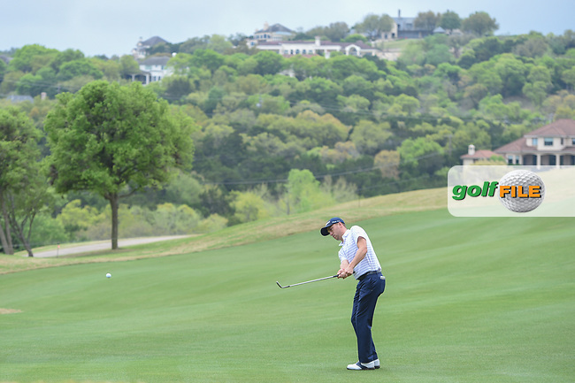 Justin Thomas (USA) chips on to 6 during day 5 of the World Golf Championships, Dell Match Play, Austin Country Club, Austin, Texas. 3/25/2018.<br /> Picture: Golffile | Ken Murray<br /> <br /> <br /> All photo usage must carry mandatory copyright credit (© Golffile | Ken Murray)