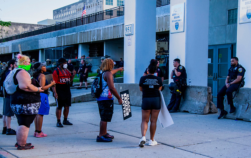 A group of protesters made their feeling known concerning police brutality, in particular the killing of George Floyd. Anger about the murder of George Floyd