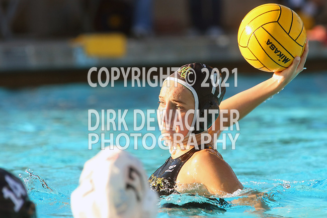 Manhattan Beach, CA 02/09/11 - Sara Crist (Mira Costa #11) in action during the final regular season game at Mira Costa High School, Mira Costa defeated Redondo 12-6 for a Bay League title.