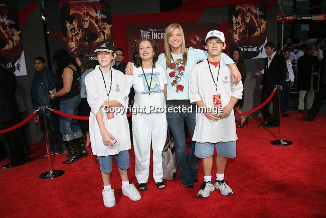 Debbie Matenopoulos<br />