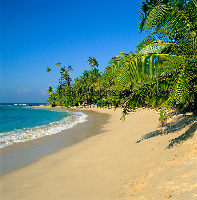 Sri Lanka, South coast: secluded beach | Sri Lanka, Suedkueste: einsamer Strand