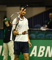19-2-06, Netherlands, tennis, Rotterdam, ABNAMROWTT, Qualifying round, Arvind Parmar throws his racket away after loosing the first set tiebreak to Meffert