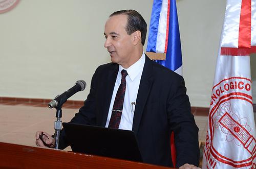 Las palabras de apertura de la actividad fueron pronunciadas por el ingeniero Arturo del Villar, decano del Área de Ingenierías del INTEC, quien es miembro de la Junta Directiva del capítulo del Consejo Mundial de Energía en República Dominicana.