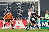 D.C. United's Alecko Eskandarian is defended by San Jose Earthquakes' Craig Waibel as goal keeper Pat Onstad watches. DC United defeated the San Jose Earthquakes 2 to 1 during the MLS season opener at RFK Stadium, Washington, DC, on April 3, 2004.